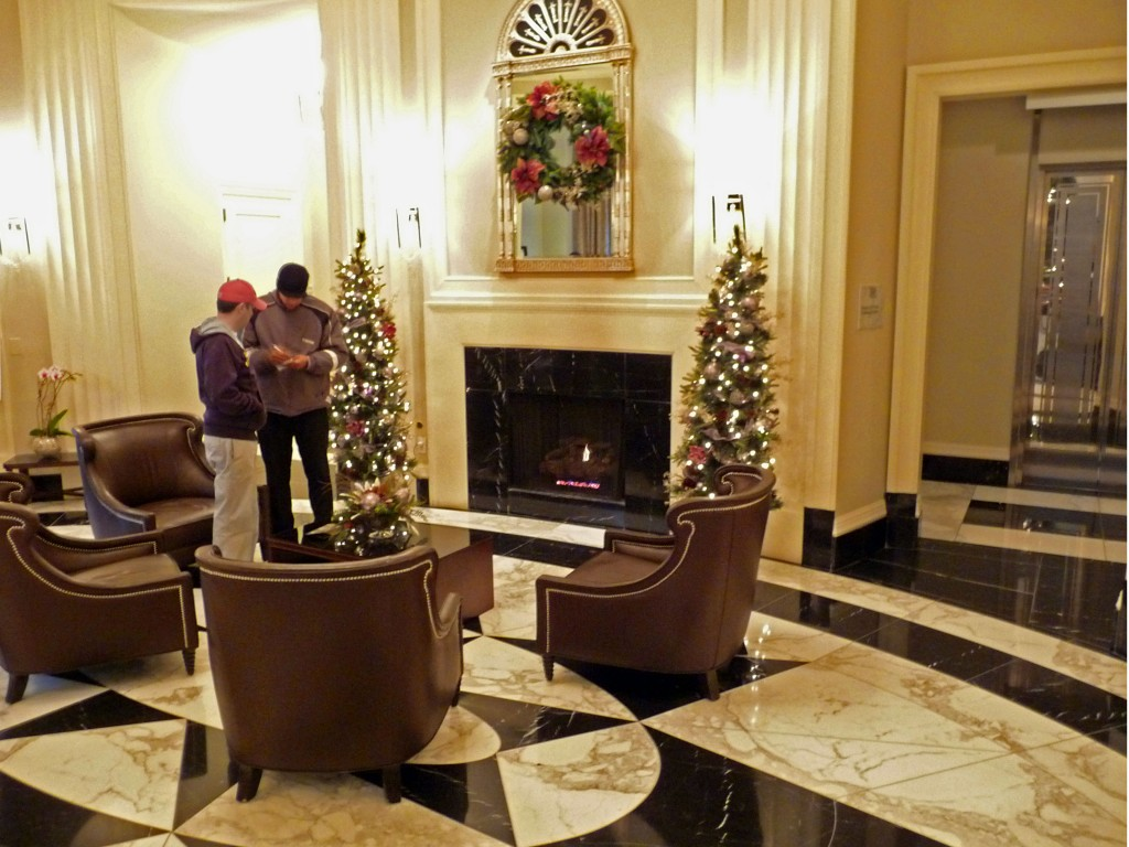 Entry Lounge Of The Mansion On Peachtree