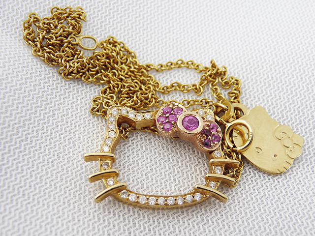 What earrings does one wear with a hello kitty necklace privilege high mozeypictures Image collections