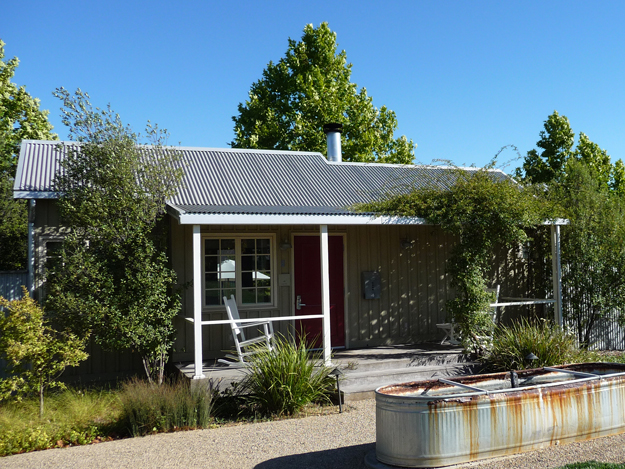 What do the Knittel cottages at Carneros Inn look like?