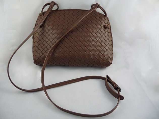 eb8ef2d8be ... woman a small crossbody bag