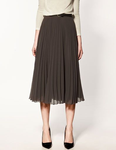 Pleated Zara Skirt