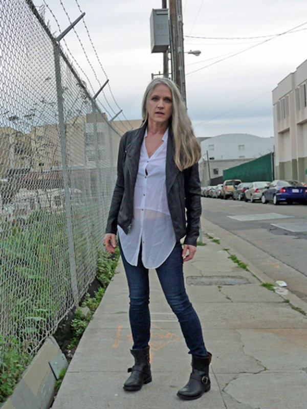 Patti-Smith-Meets-Carine-Roitfeld-In-SF-Alleyway