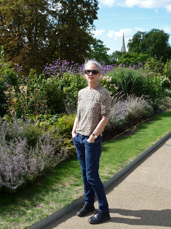 Leopard-Tee,-GAP-Jeans,-and-Doc-Martens-at-Kensington-Gardens
