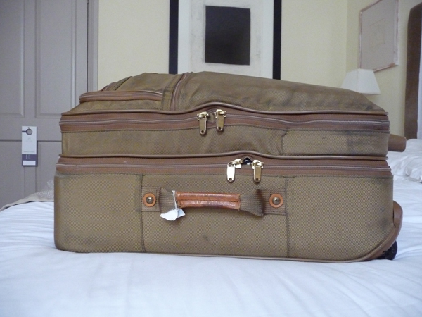 Suitcase-in-Oxford