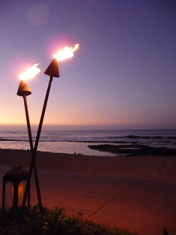 The-Torches-at-the-Four-Seasons-Hualalai