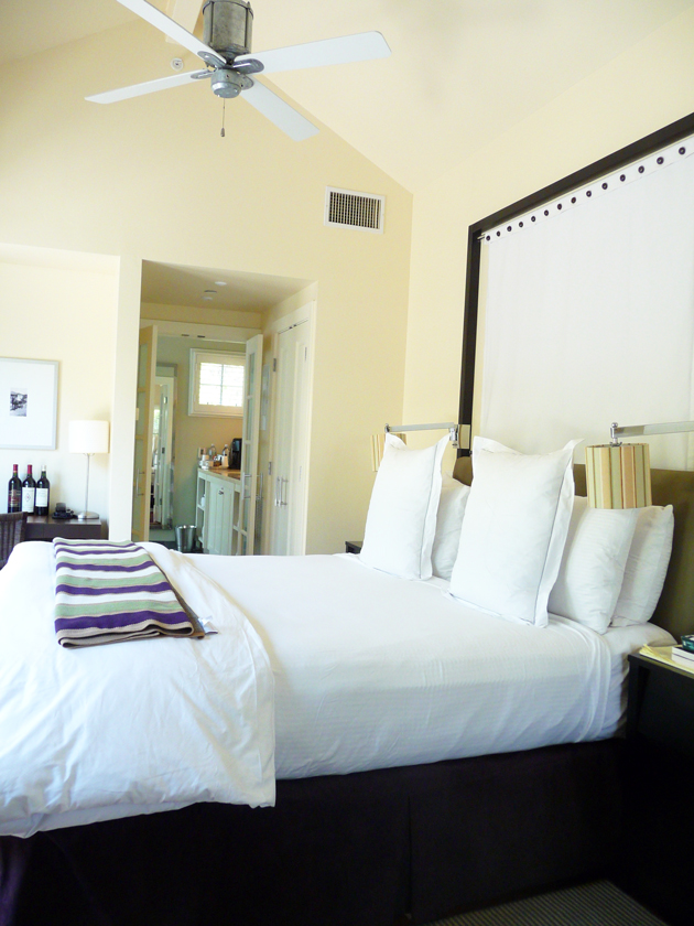 Bedroom-at-The-Carneros-Inn